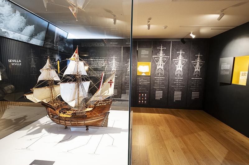 Réplicas de barcos históricos: «Nao Victoria», «El Galeón», «Nao Santa María»